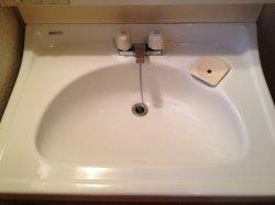 画像2: 洗面所・蛇口周りの水垢洗浄